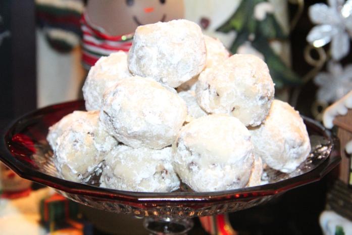 modern day snowball cookies